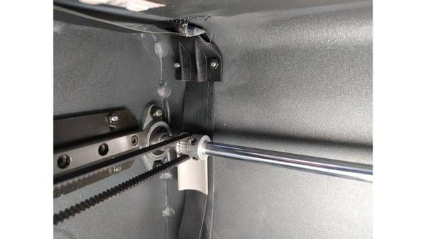 flat cable stud tachuela